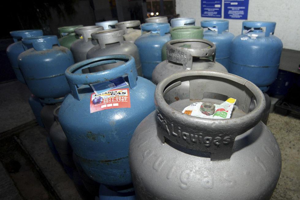 Maior procura faz faltar botijões de gás