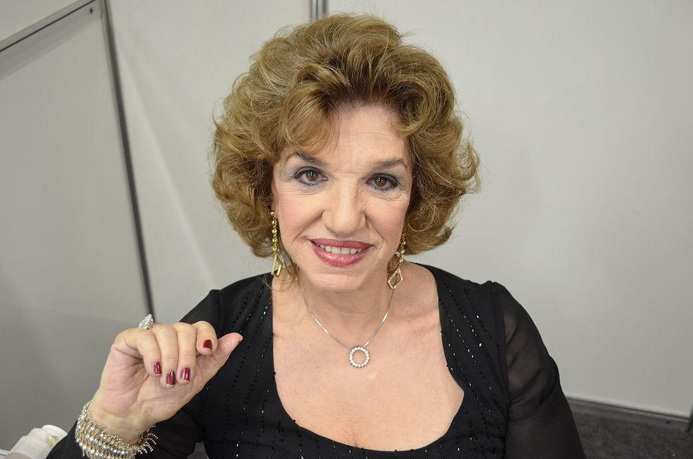 Morre Adelaide Chiozzo, cantora de 'Beijinho Doce'