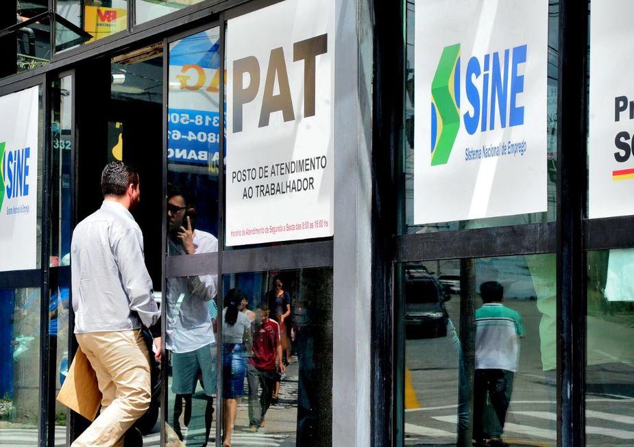 PAT atende quem busca emprego, de forma on-line