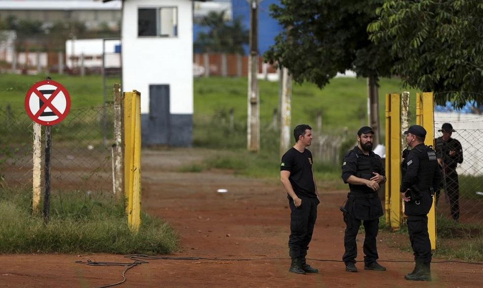 Justiça concede prisão domiciliar a detentos do grupo de risco em SP