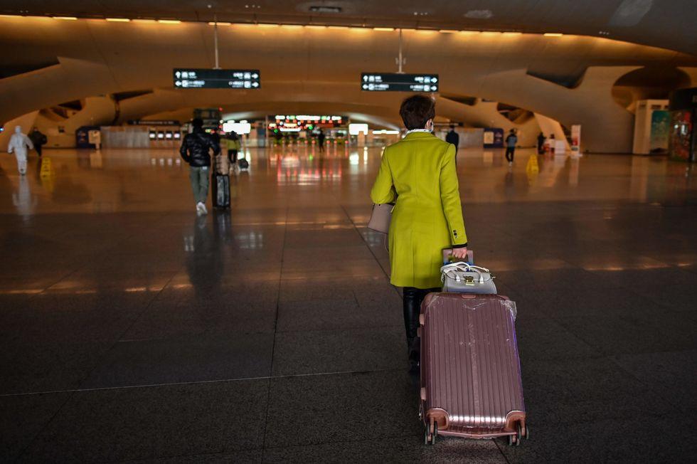 Wuhan, na China, tenta voltar à normalidade