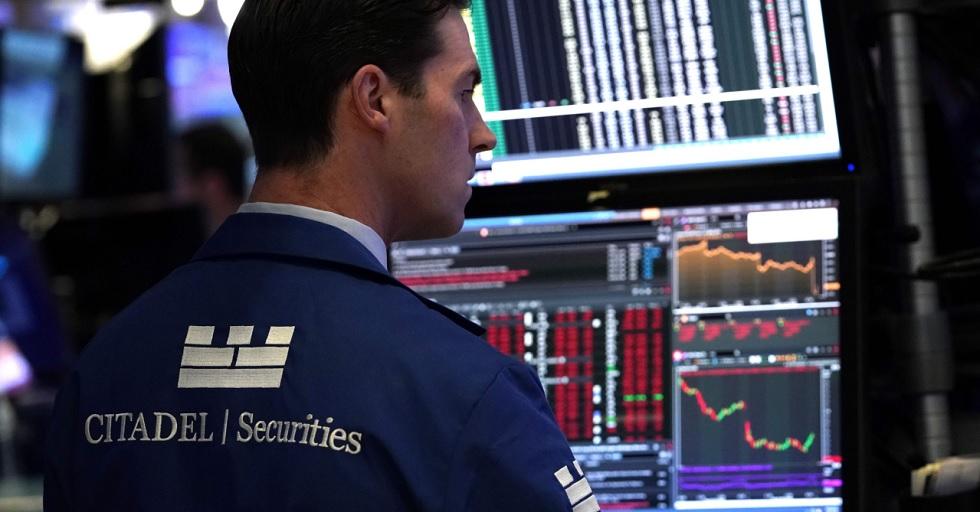 Bolsa interrompe negócios após queda de 10% e pânico nos mercados