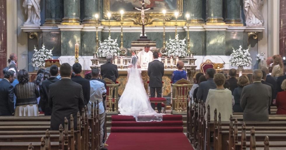 Arquidiocese de Sorocaba suspende celebrações de batizados e matrimônios