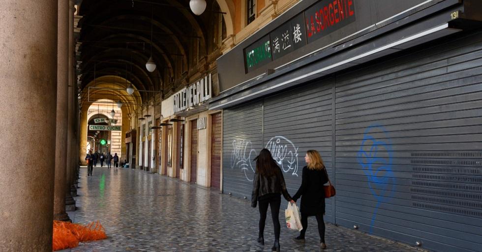 Com alta nos casos, Itália amplia restrição