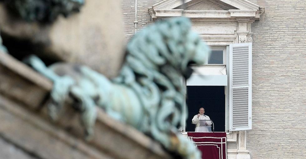 Papa Francisco está resfriado e não tem novo coronavírus