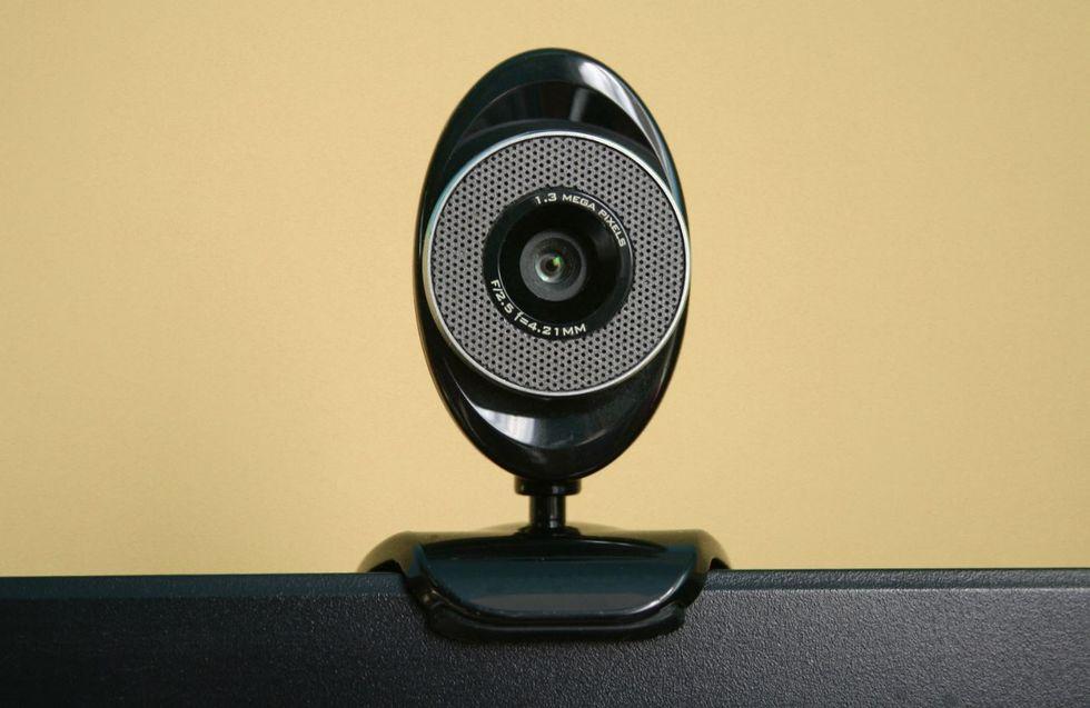 Para matar as saudades, crianças se reúnem por webcam durante a quarentena