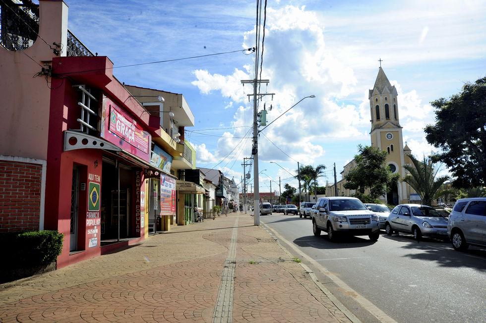 Araçoiaba da Serra flexibiliza funcionamento do comércio local