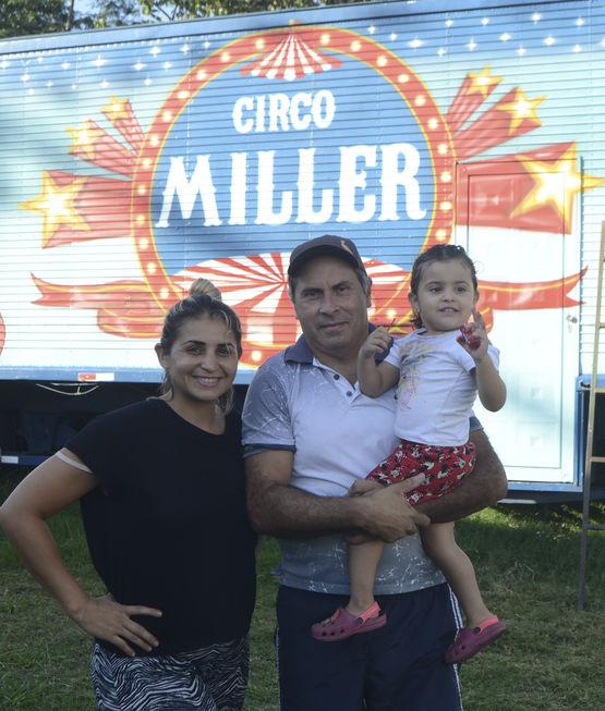 Circo realiza espetáculo on-line