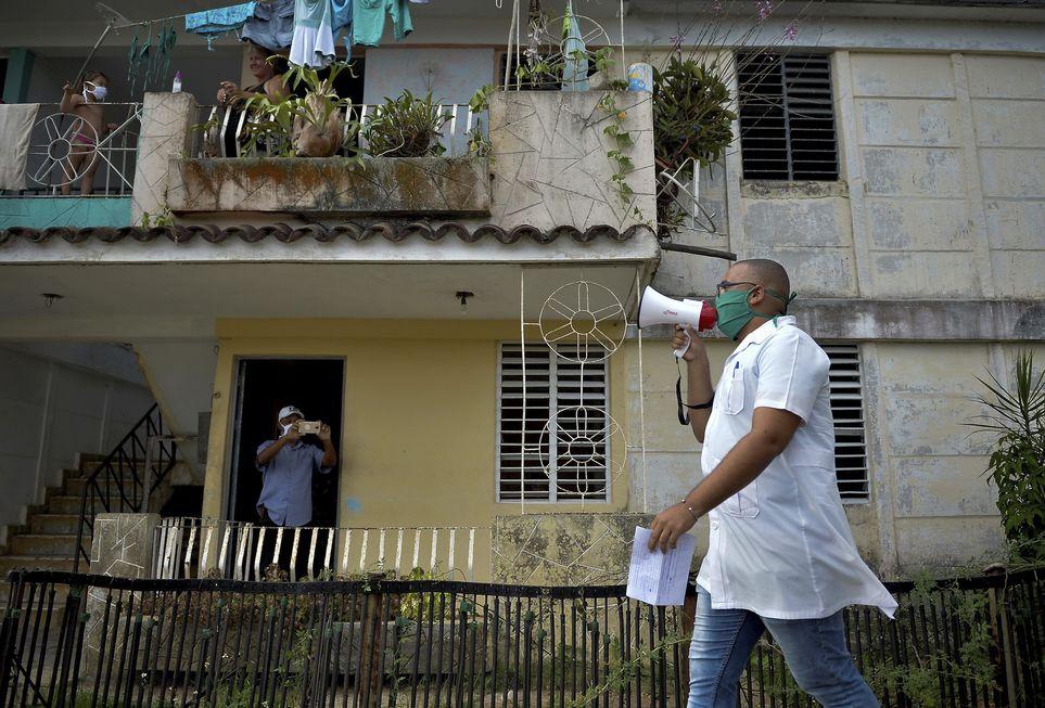 Cuba aposta no controle de assintomáticos