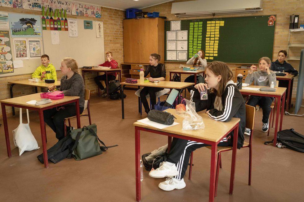 Dinamarca retoma aulas de forma gradual