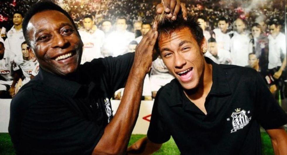 Pelé e Neymar se unem aos torcedores para comemorar