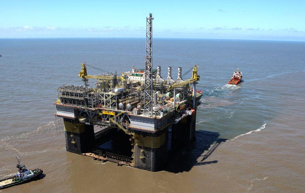 Petrobras põe 62 plataformas de petróleo em hibernação