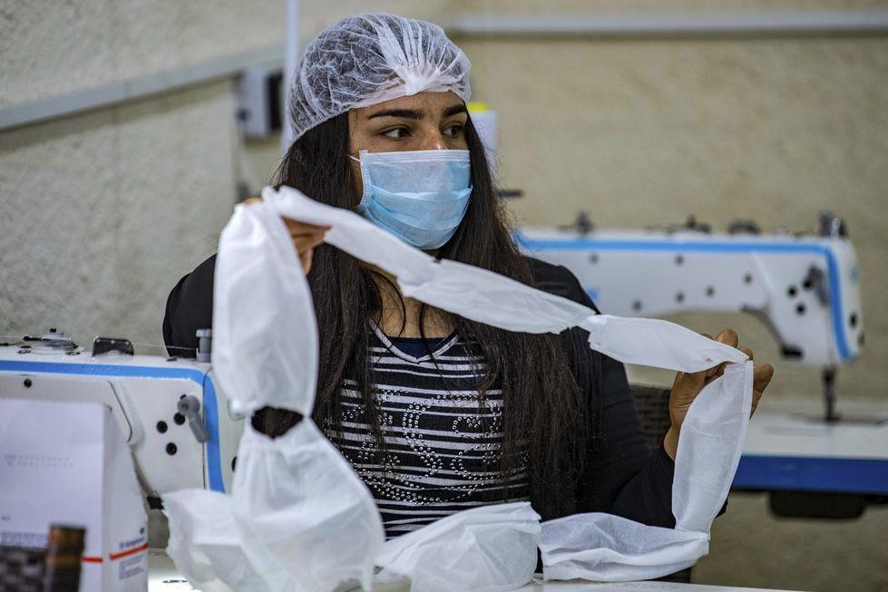 SP irá distribuir 2 milhões de máscaras em áreas carentes