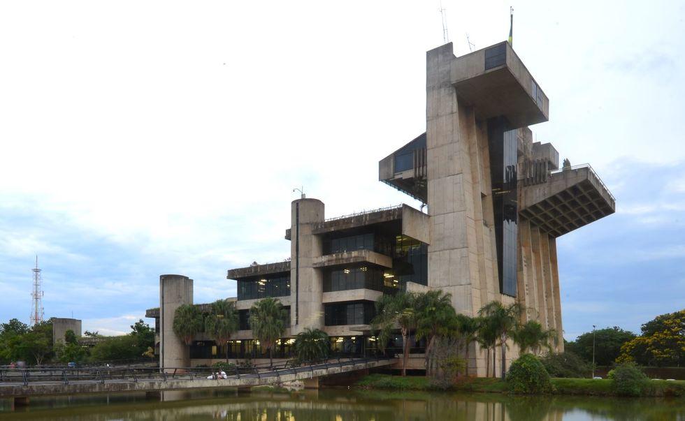 TCE alerta Prefeitura e Câmara sobre o descumprimento das contas públicas