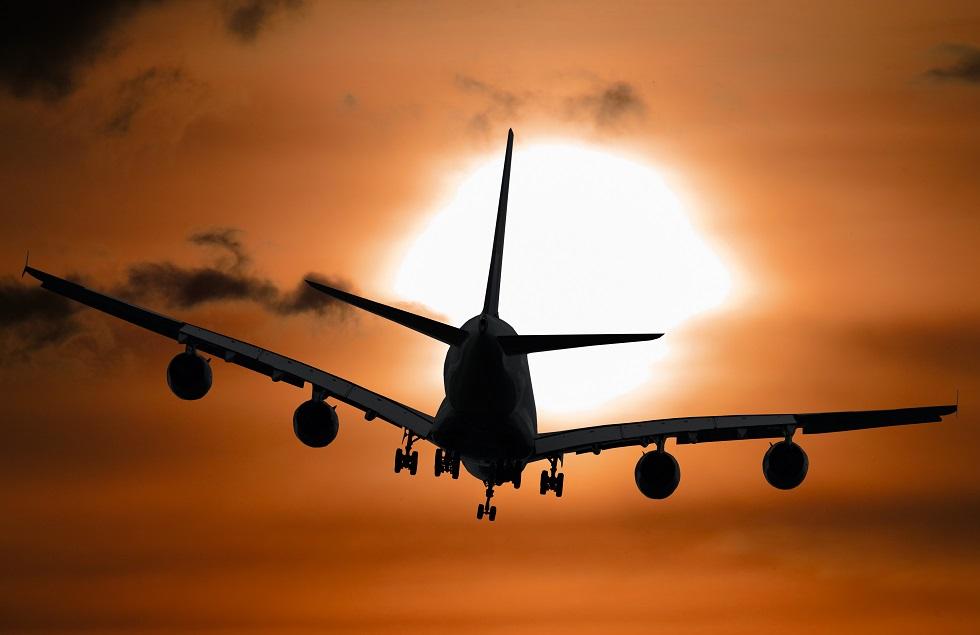 Azul adiciona voos diretos e retoma rotas