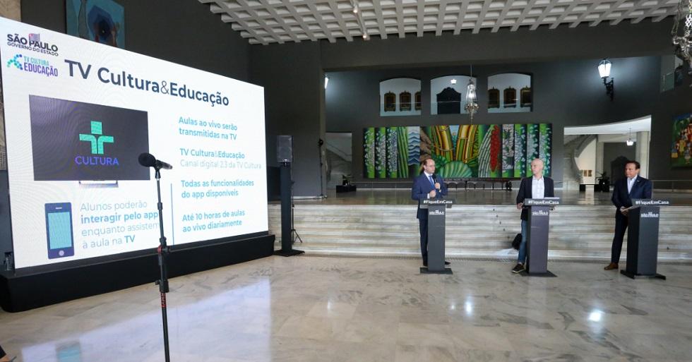 São Paulo terá ensino pela TV e por celular para 3,5 milhões de alunos
