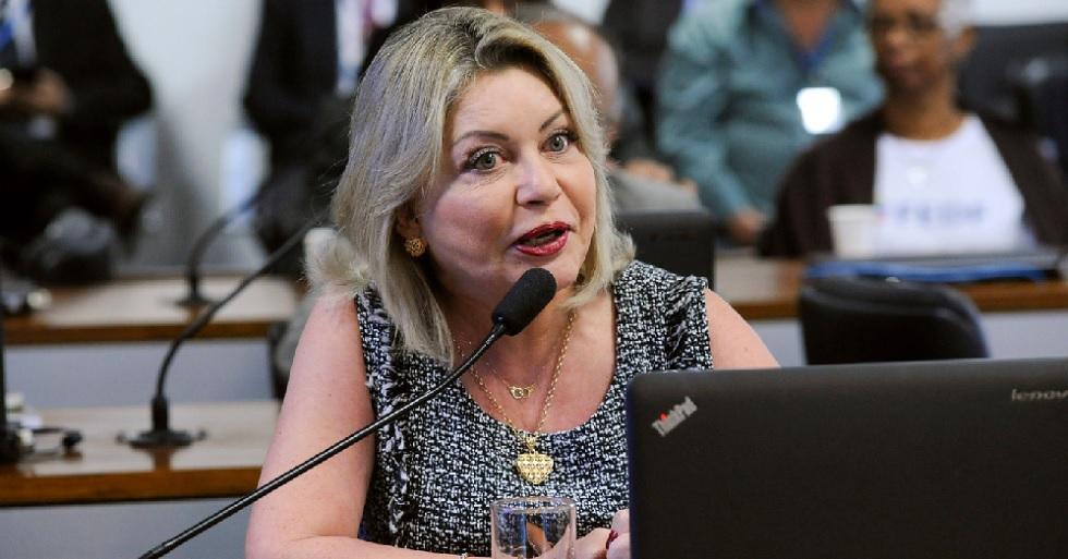 Mesa Diretora do Senado declara perda de mandato de juíza Selma