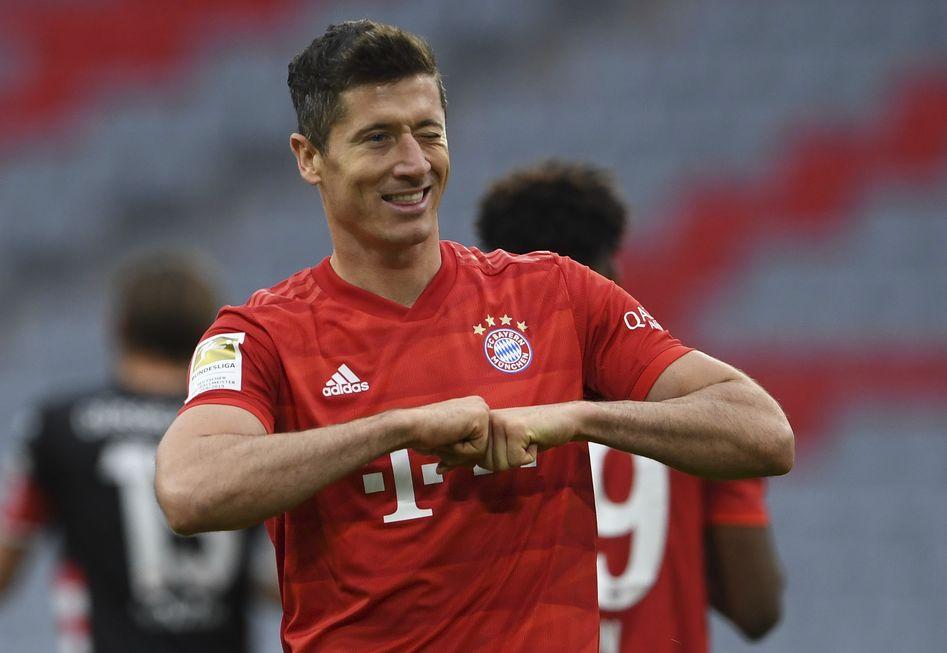 Lewa comanda vitória do Bayern pelo Alemão