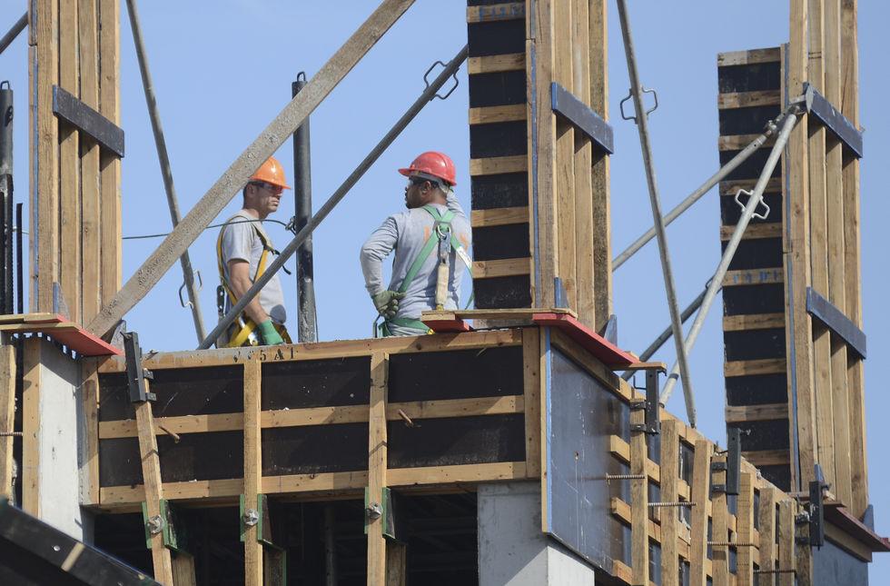 Construção civil tem 50% de ociosidade