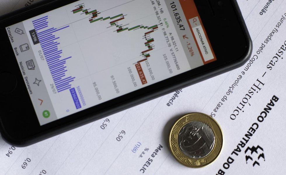 Copom reduz juros básicos para 3% ao ano