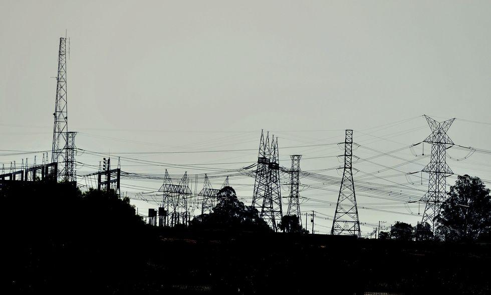 Custo de socorro às elétricas será dividido com consumidores