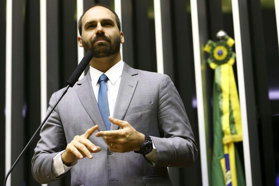 Eduardo Bolsonaro cita imunidade parlamentar