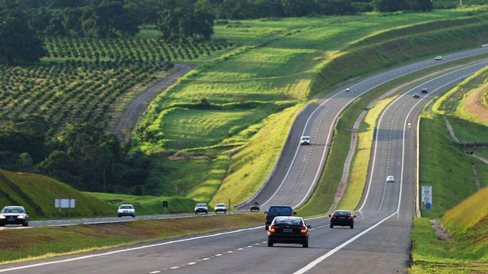 Maior concessão de rodovias é assinada