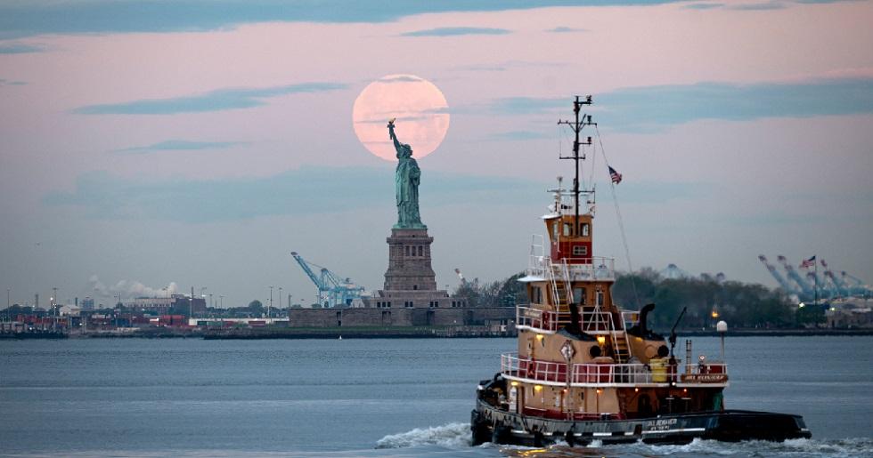 Governador de Nova York prorroga medidas de isolamento até 7 de junho