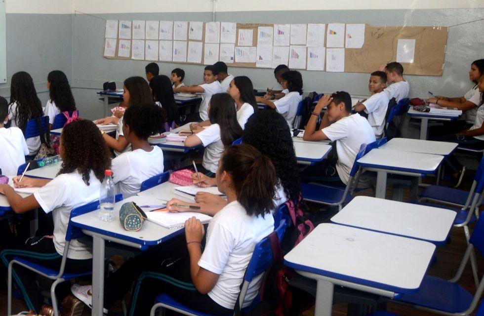 O protocolo da volta prevê também uso de máscaras e distanciamento de 1,5 metro entre os estudantes dentro das salas de aula. Crédito da foto: Fábio Rogério / Arquivo JCS (12/3/2020)