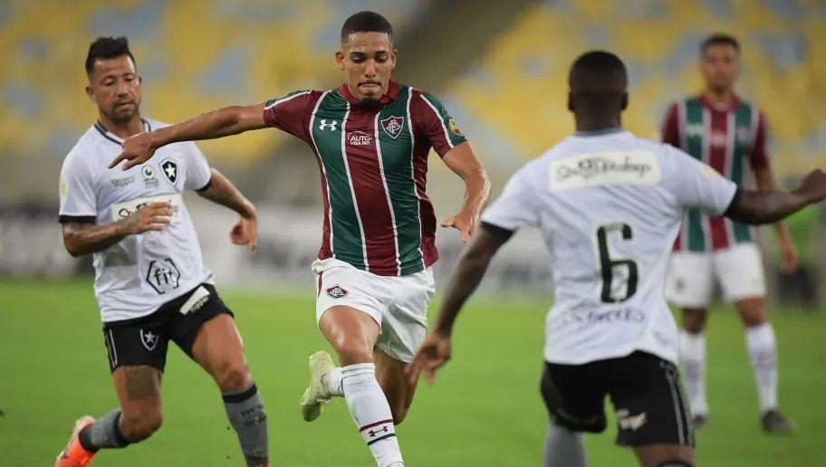 Botafogo decide futuro no Carioca após bate-boca com adversário