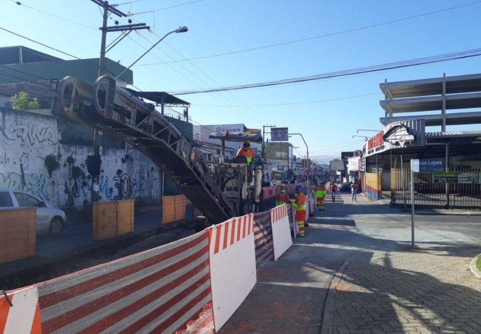 Interdições na Comendador Oeterer alteram linhas de ônibus