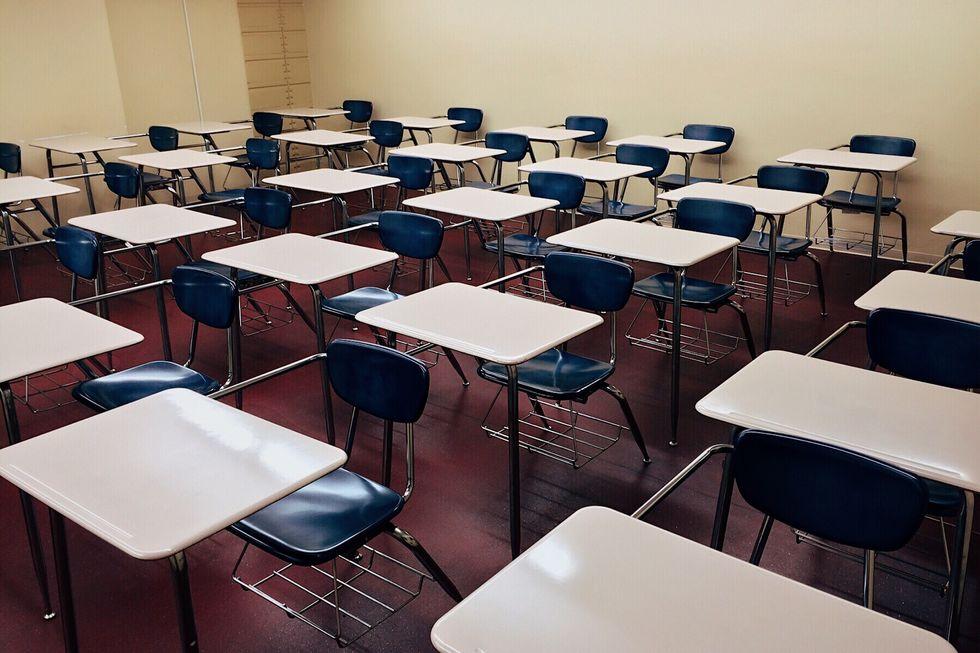 10 milhões de jovens não concluíram ensino