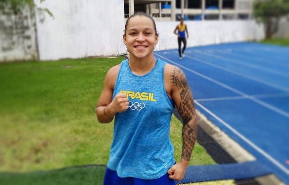 Brasileira lidera ranking mundial de boxe