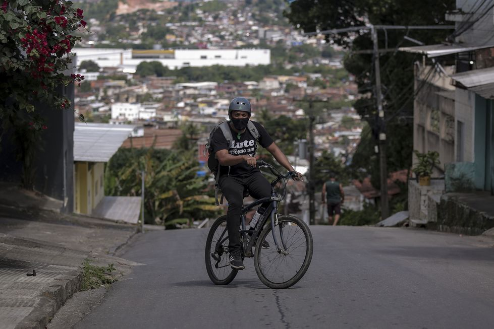 Em Pernambuco, o professor vai até o aluno