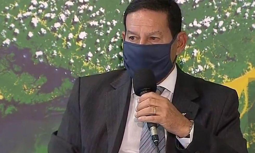 Estrangeiros exigem menos desmatamento para voltar a investir no Brasil, diz Mourão