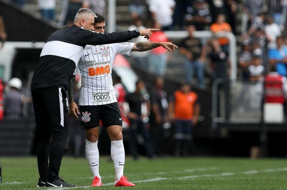 Federação deixa paulistas reforçar elenco