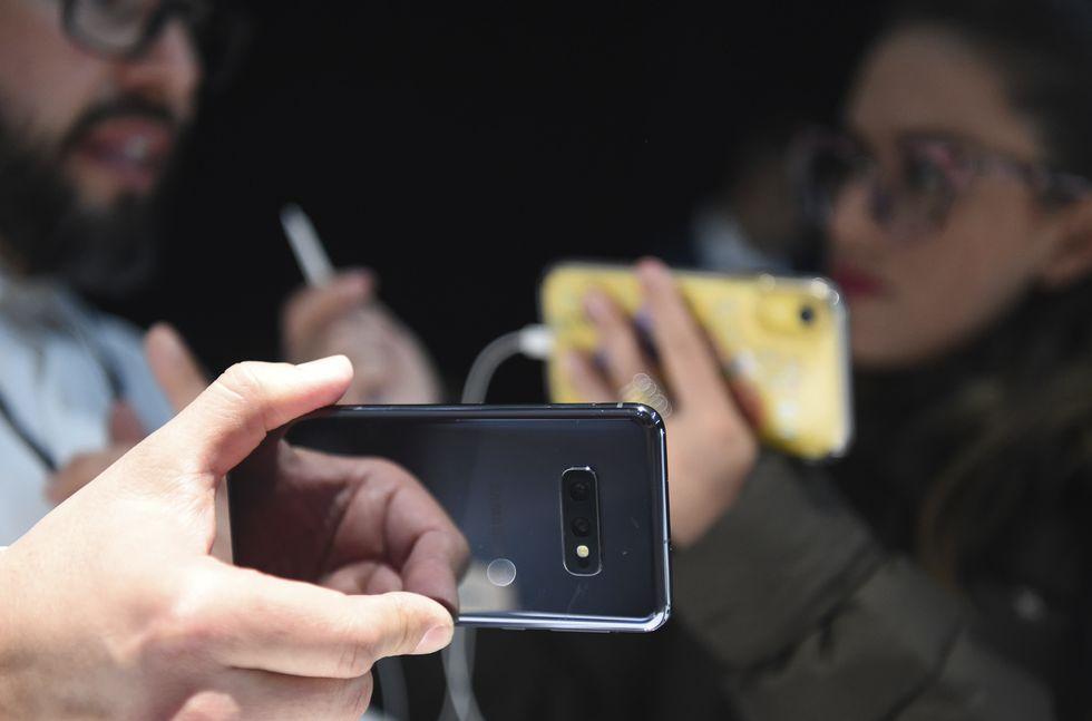 Pandemia faz vendas de celular caírem 8,7% no 1º trimestre
