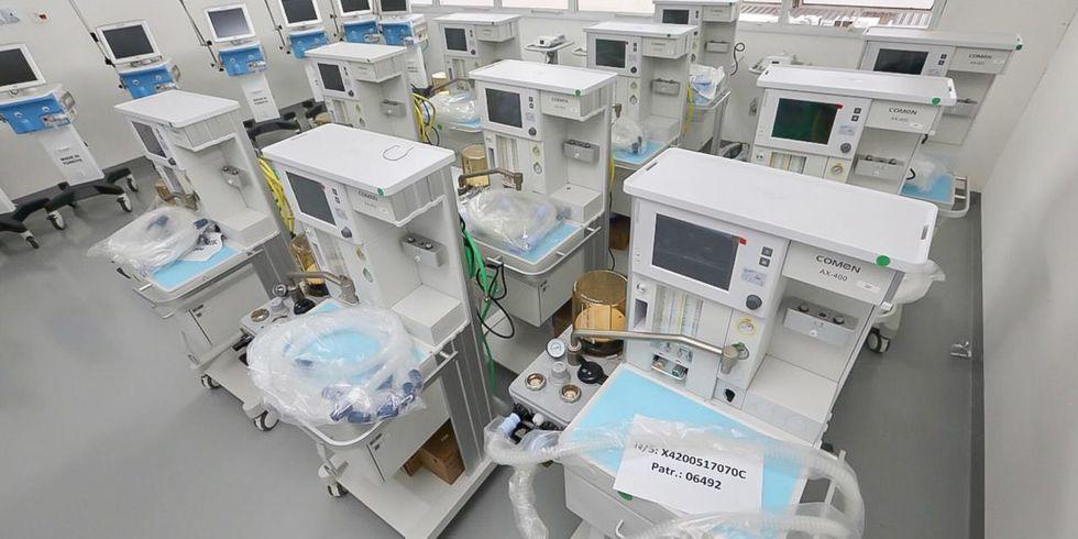 Região recebe 25 respiradores e amplia capacidade das UTIs