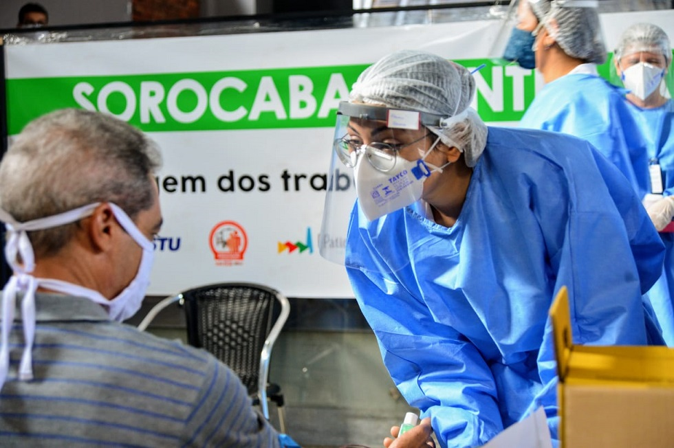 Testes de Covid-19 são aplicados em profissionais ligados ao transporte de Sorocaba