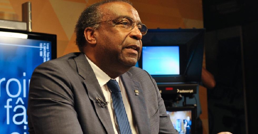 Decotelli inclui cargo de ministro da Educação em currículo