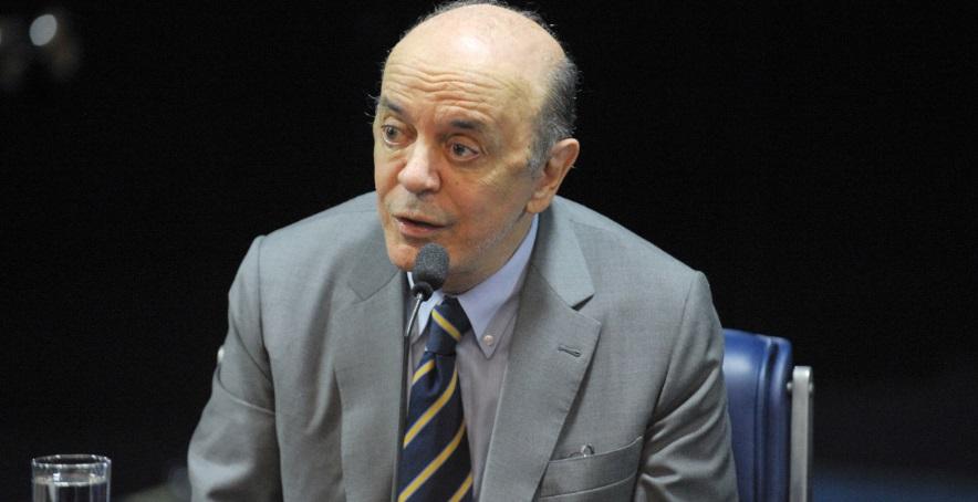 José Serra no plenário do Senado Federal. Crédito da foto: Jefferson Rudy / Agência Senado (5/3/2015)