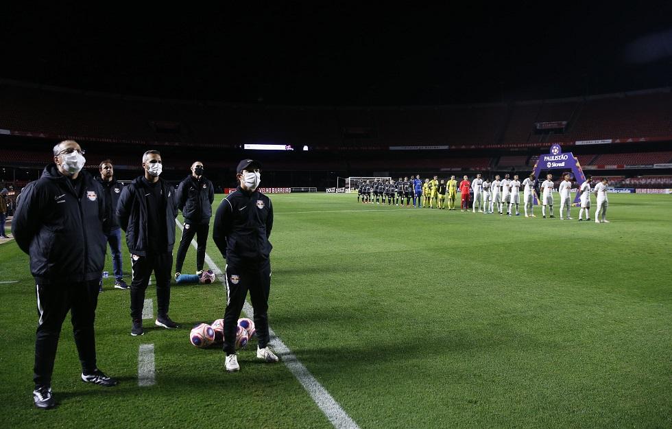 Hospital erra 26 testes de Covid do Red Bull antes de jogo contra o Corinthians