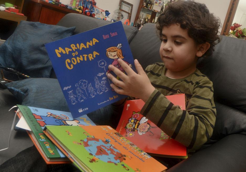 A leitura é uma viagem pelo mundo da imaginação