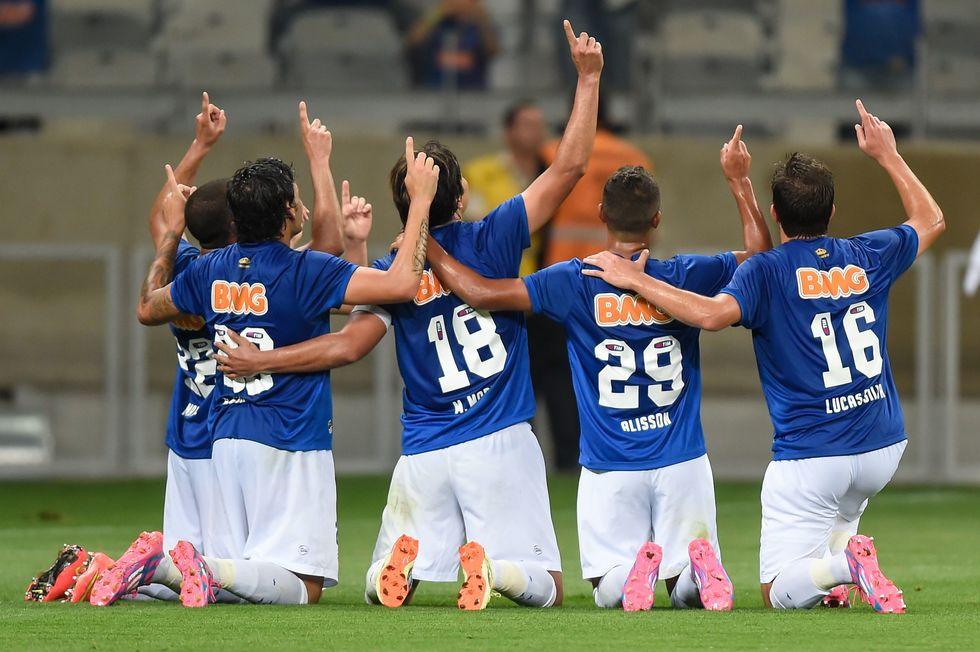 Cruzeiro e Chapecoense fecham quarta rodada do Brasileirão