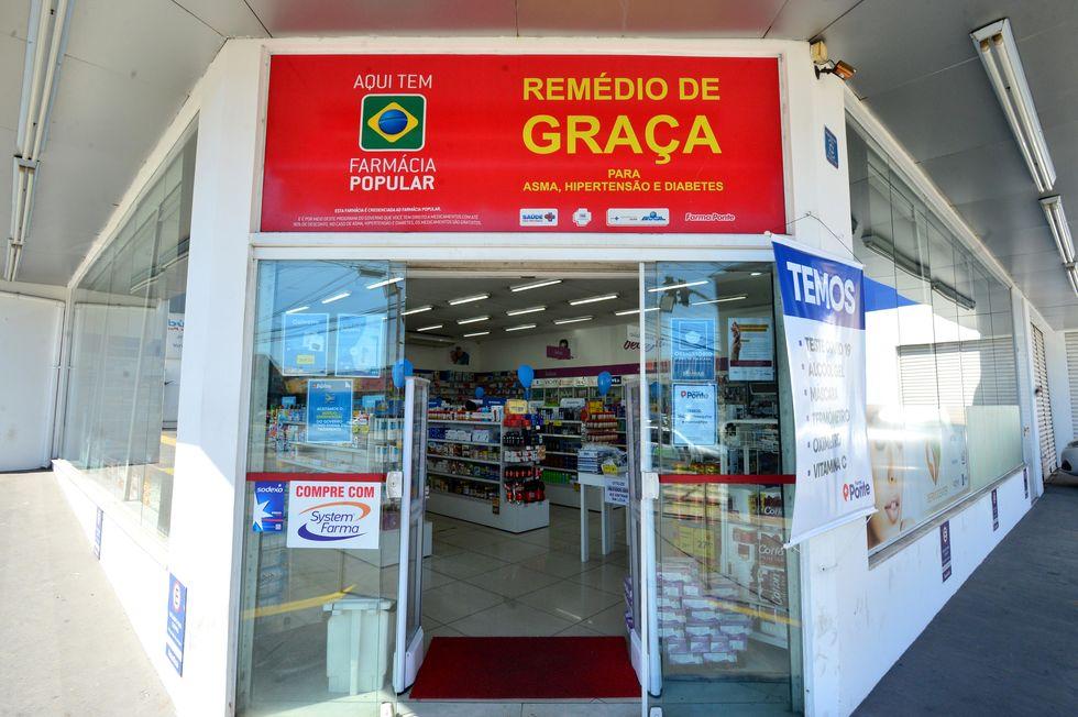 Farmácia Popular oferece 35 medicamentos, 20 grátis