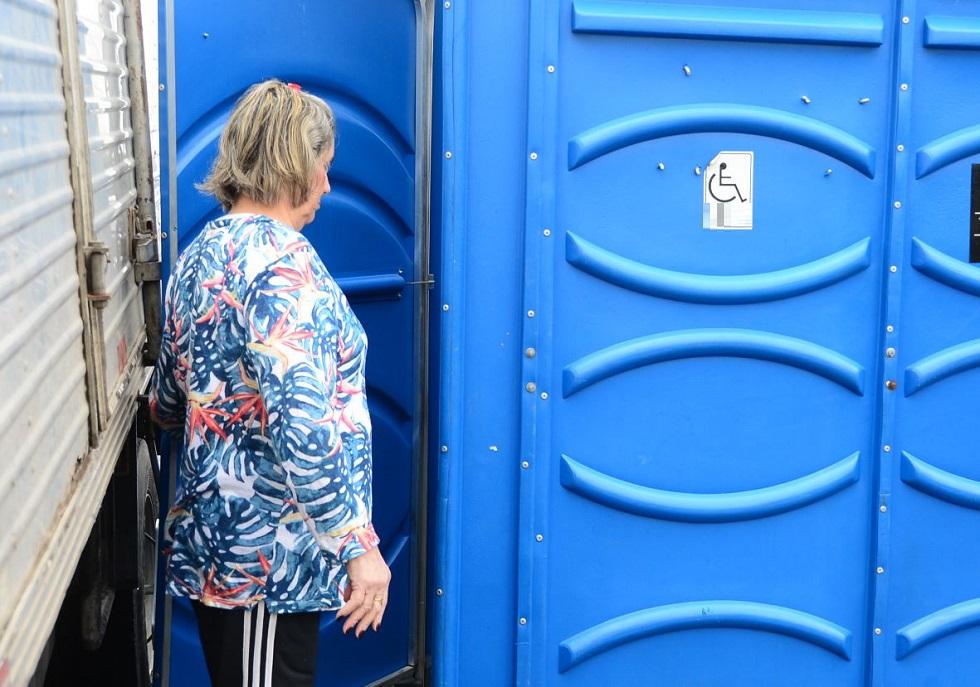 Feiras livres estão sem banheiros químicos há um ano
