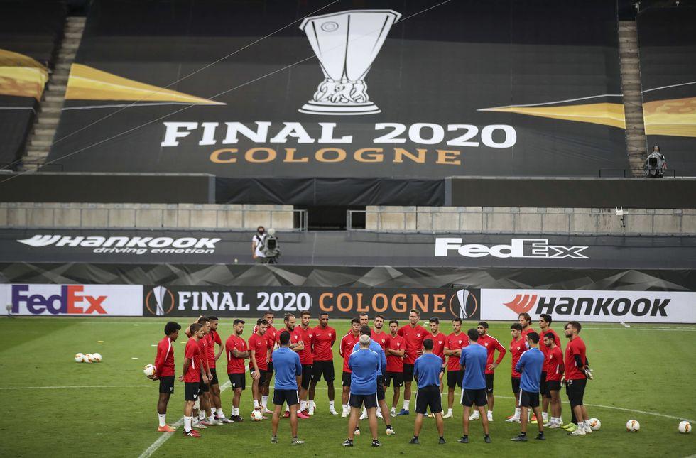Liga Europa define campeão nesta sexta (21) na Alemanha