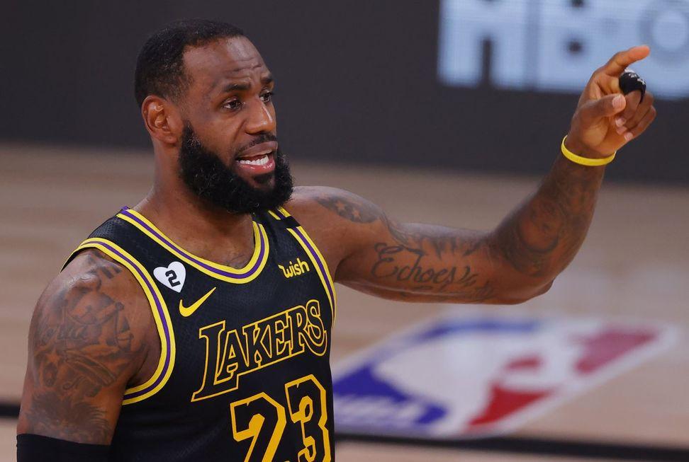 NBA suspende mais três jogos