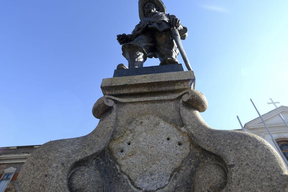 Vandalismo ameaça monumentos históricos