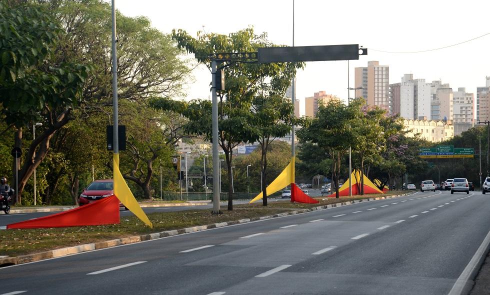 Avenida Dom Aguirre é decorada em homenagem ao aniversário de Sorocaba